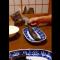 【猫動画】え、ドロボウ猫!?ネットで話題の我慢できない猫とは・・・!?