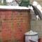 【猫動画】まさに決定的瞬間!?脅威のシンクロで三角飛びをする猫たちとは・・・!?